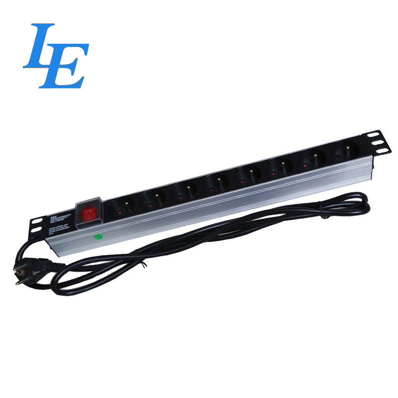 19 Inch Server Rack PDU France Style 3 Phase Rated Voltage 250VAC Length 2m supplier